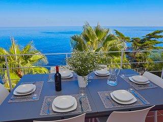 Villa Smeraldo sul mare, con piscina e giardino