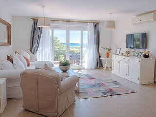 Solico Apartment with Sea View