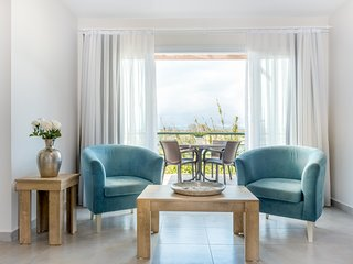 Athos Apartment with Sea View