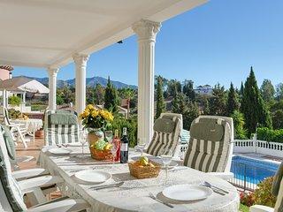 Villa Francesca - Delightful family holiday villa
