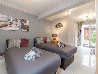 Watford General Suites - Ground Floor Flat