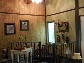Luxurious Woodsy Retreat on Beautiful Sugar Mountain