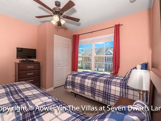 600+ Reviews ! A Perfect Near Disney Vacation Condo ! Lots of Amenities !