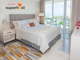 Coconut Grove Residences by Miami Vacation Rentals - Aria 1608 . Elegant 1BR
