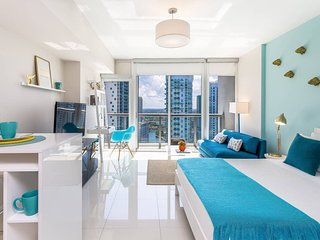 ★Luxurious High Floor Studio★Great Brickell Location★Huge SPA!★Exclusive