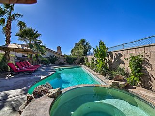 La Quinta Home w/ Saltwater Pool, Hot Tub & Yard!