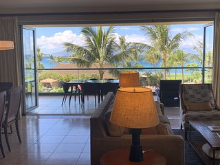 Maui Westside Properties: K301 Amazing 2 Bed W/BBQ