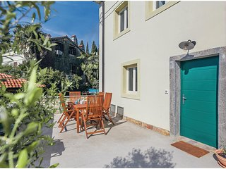 Awesome home in Opatija w/ WiFi and 3 Bedrooms (CKO038)
