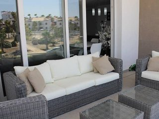 LA FUENTE 3 BEDROOM APARTMENT WITH COMM POOL