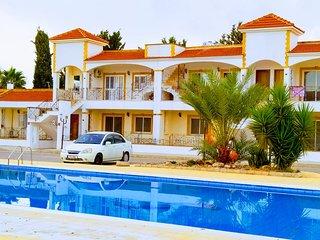 SALAMINA HOUSES