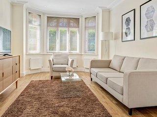 Modern 3 Bedroom Apartment - Flat 25 (Ground Floor)
