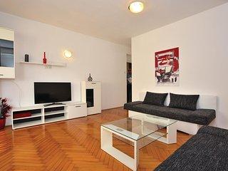Beautiful home in Piran w/ WiFi and 1 Bedrooms