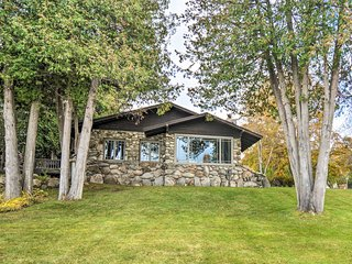 Upscale Earl Young Charlevoix Cottage w/ Deck