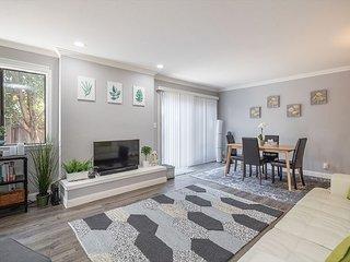 Cozy Renovated Home near Silicon Valley Tech Firms
