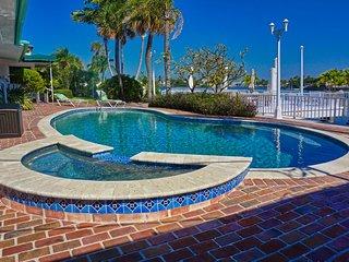 Pass-A-Grille Anheuser Busch Resort Bay House