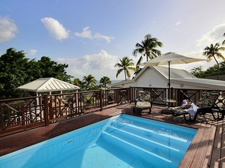 Caribbean Sunset Villa, piscine, vue mer, grand jardin, nord caraïbe