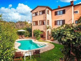 Stunning home in Pula w/ WiFi and 2 Bedrooms (CIB256)