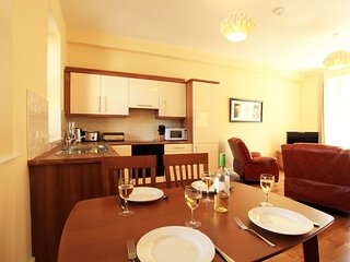 2 bed Apartment 92810 - 2 Bed Apartment ( Sleeps 4 ) in Kenmare centre