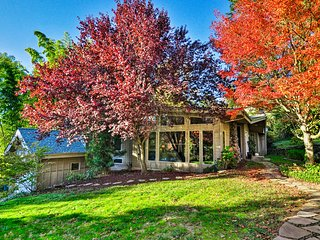 Elegant & Comfortable House by Willamette River!