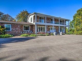 Large Black Jack Home on 5.3 Acres w/Pool+Hot Tub!