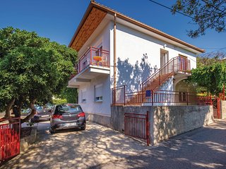 Nice home in Povile w/ WiFi and 4 Bedrooms (CKN227)