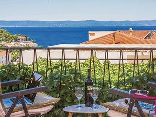 Nice home in Makarska w/ WiFi and 2 Bedrooms