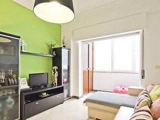 5 Outubro Typical Apartment (C106)