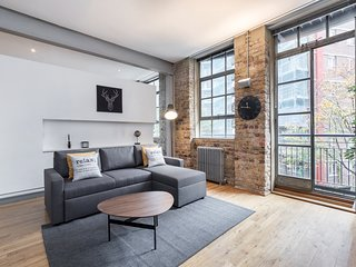 SILK HOUSE, Really cool warehouse one bedroom apartment in Clerkenwell