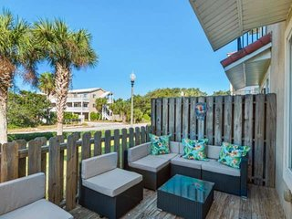 Spacious Three Story Home Minutes From the Beach w/ Community Pool