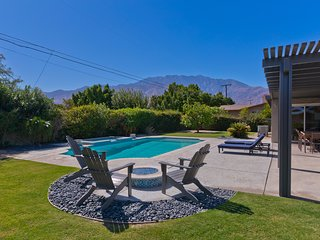 ~Relax House~ Spacious with private pool and spa