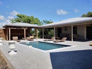 Villa Latitudde 14.54, grande piscine et vue mer sur spot de kitesurf