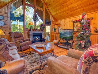 4 Bedroom Smoky Mountain Resort Cabin Rental with Hot Tub and Jacuzzi Tub