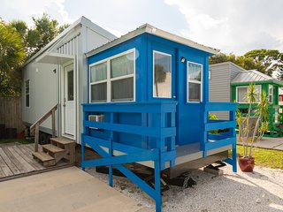 Tiny House - Blue Lifeguard Stand