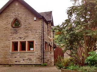 Holt Bank - self catering detatched cottage, all cleaning costs included