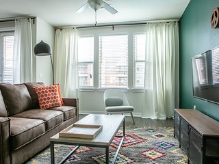 Luxe 1BR South Congress Apt #2312 by WanderJaunt