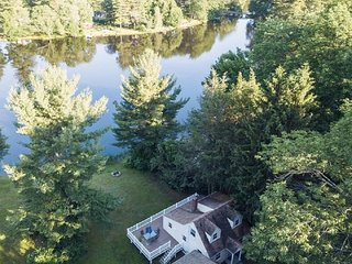 Direct Waterfront Home with Private Beach and Dock - Entire Home