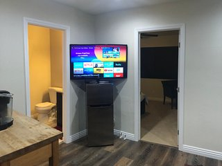 Three Bedroom Suite close to Disney & Knotts