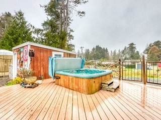 Incredibly unique bar-inspired home w/ hot tub & games - walk to beach, dogs OK!