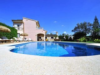 FET A MÀ- Villa with private tennis court for 8 People in Consell (Mallorca)- 00