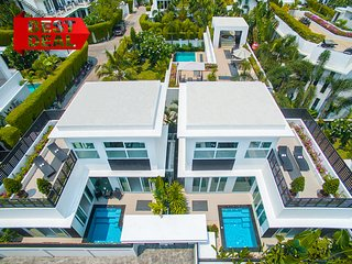 COLIBRI Pool Villa Pattaya 2 BR Palm Oasis Village