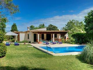 Pollenca Villa Sleeps 5 with Pool Air Con and WiFi - 5604688