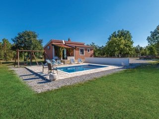 Holiday home Vlastelica, outdoor pool