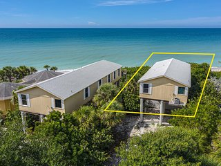3BR house on stilts staring directly at the Gulf of Mexico