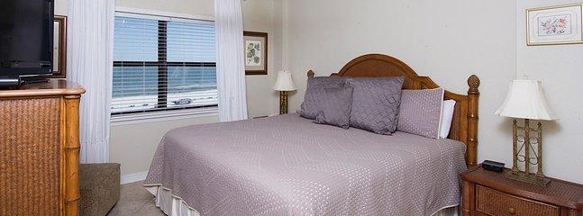 Lit, meubles, décoration, ventilateur de plafond, intérieur