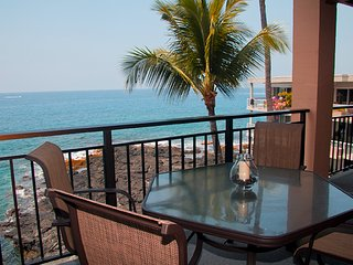 25% OFF! Oceanfront 2bdrm condo w/ Amazing Views, Pool/Spa, Fitness Center, A/C.