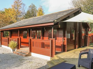 GISBURN FOREST LODGE, Hot tub, En-suite bathroom, Ref 29079