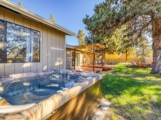 Charming, dog-friendly home w/ private hot tub, firepit & great backyard!