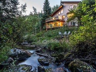 Burgess Creek Lodge
