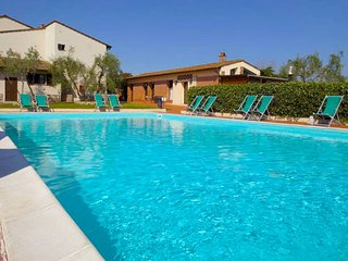 Quattro Strade Apartment Sleeps 6 with Pool and Free WiFi - 5817774