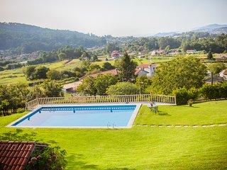 Chao das Donas Villa Sleeps 6 with Pool - 5817777